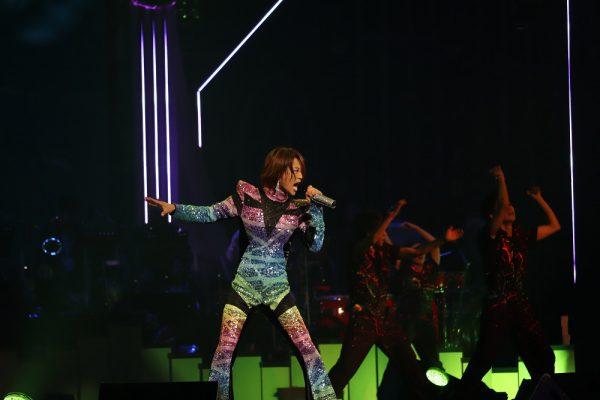 氷川きよしデビュー20周年記念コンサートは龍の姿で日本武道館 ...